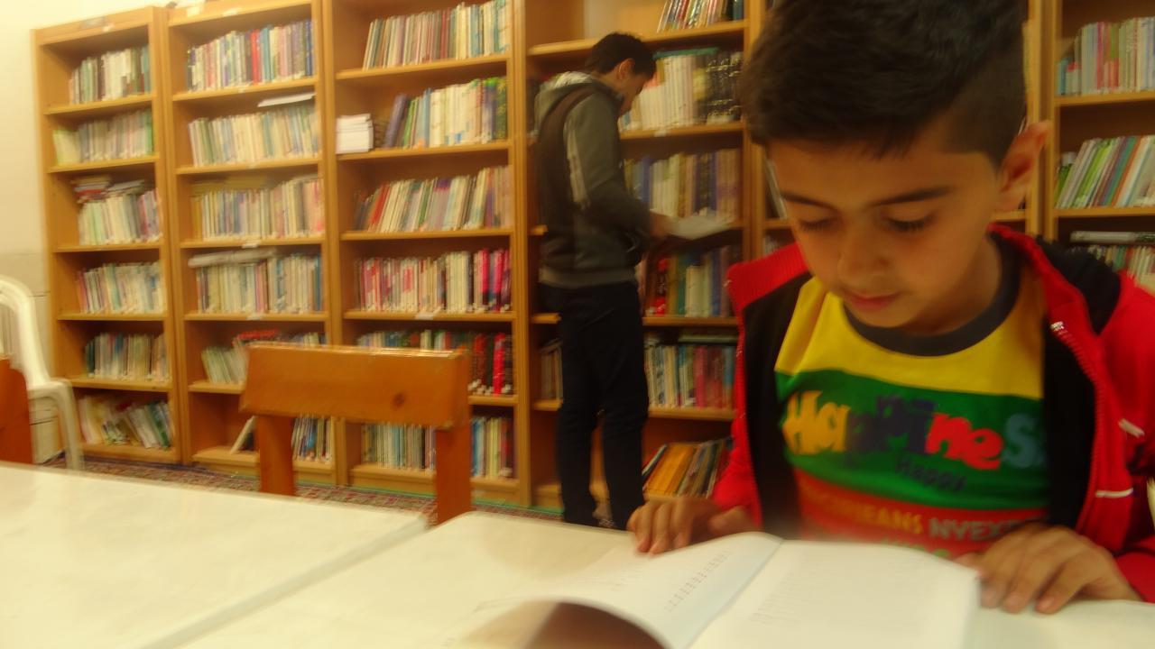وجود پنج هزار جلد کتاب در کتابخانه کانون امام حسن مجتبی(ع) تیران